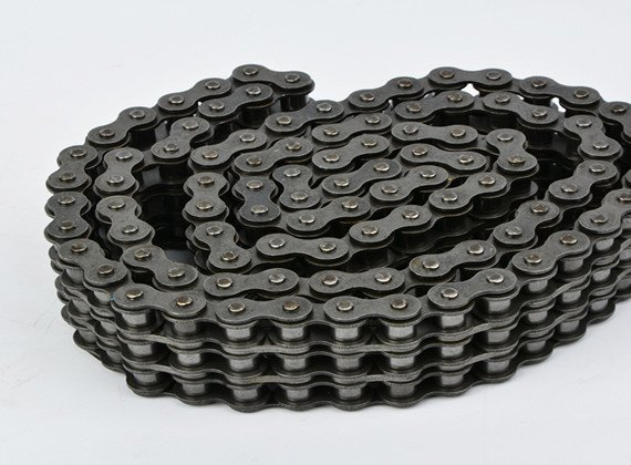 Heavy Duty Series Triplex Roller Chains & Bush Chains
